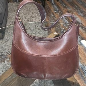 Vintage Coach leather shoulder purse